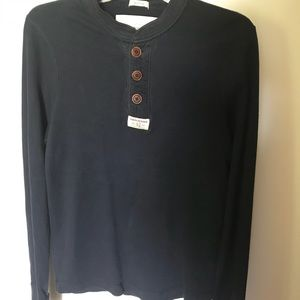 ABERCROMBIE & FITCH Guys  SZ Med Navy long sleeve
